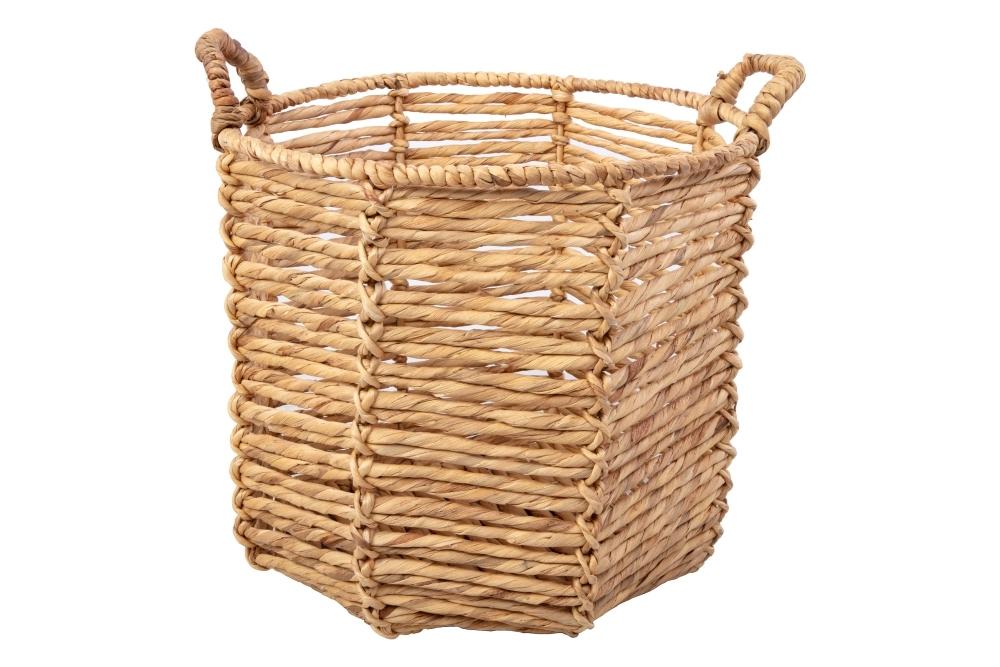 Wicker basket BEFORE.