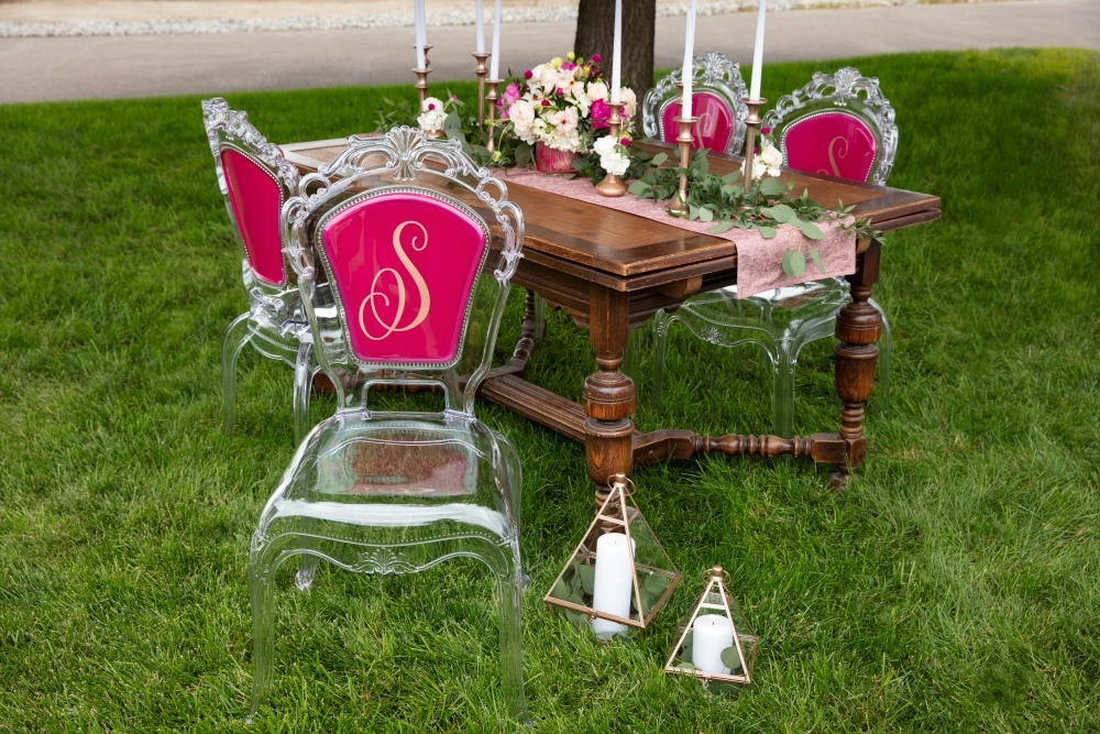 COLORSHOT Spray Painted Monogram Chairs