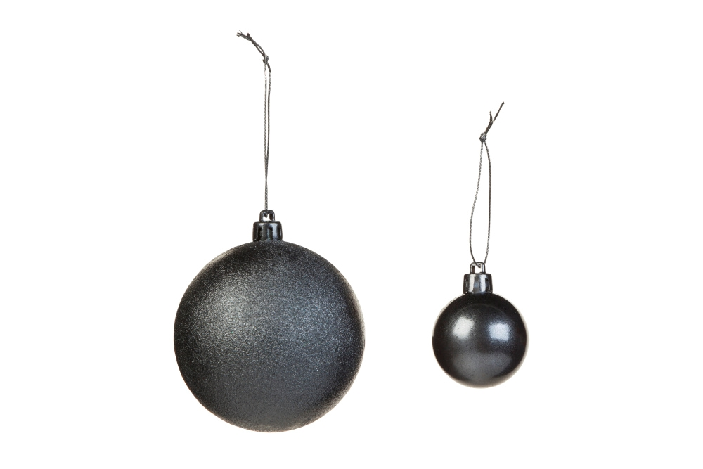 COLORSHOT Black and Silver Ombre Christmas Tree