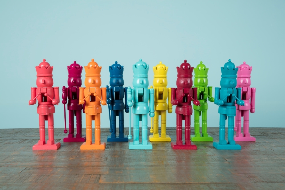 COLORSHOT Rainbow Painted Nutcrackers