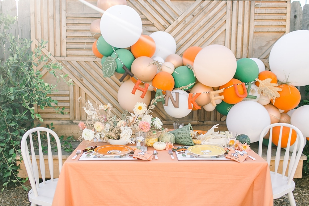 COLORSHOT Easy Decor Ideas for Thanksgiving