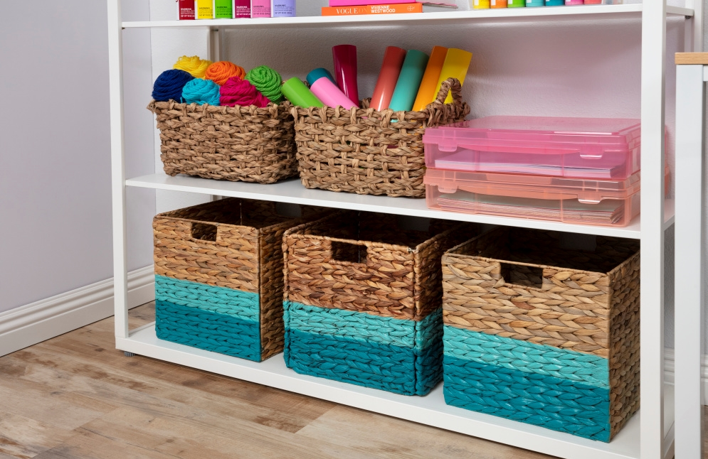 COLORSHOT Craft Room Decluttering: Painted Storage Baskets