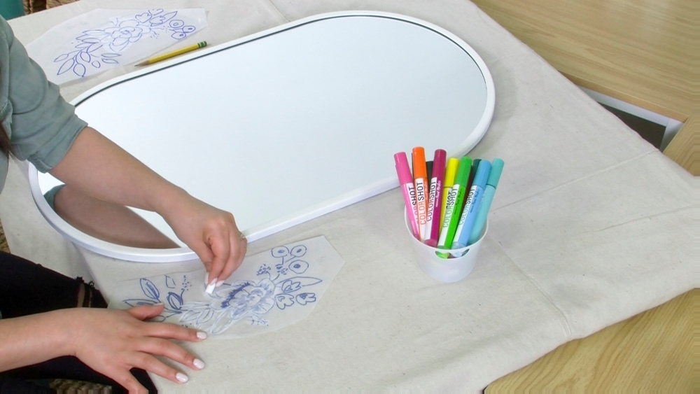 COLORSHOT Floral Mirror DIY - transfer design onto mirror