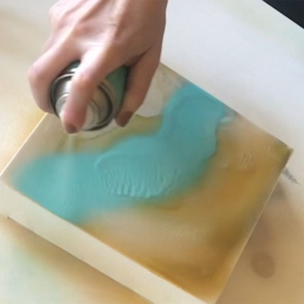 COLORSHOT Marbling Spray Paint Art Technique - spray additional pools of color