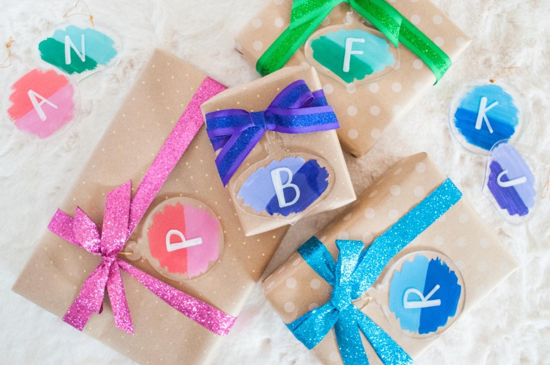Custom ornament gift tags